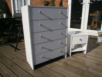 Argos White Chest Of 5 Drawers With Matching Bedside Table / Drawer VGC