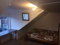Double room to rent on ashley rd,Poole 2 people £ 110 all bills included