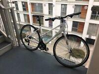 Women's commuter bike (brand new/never cycled) - Liv Alight 3 in White/Green including new helmet