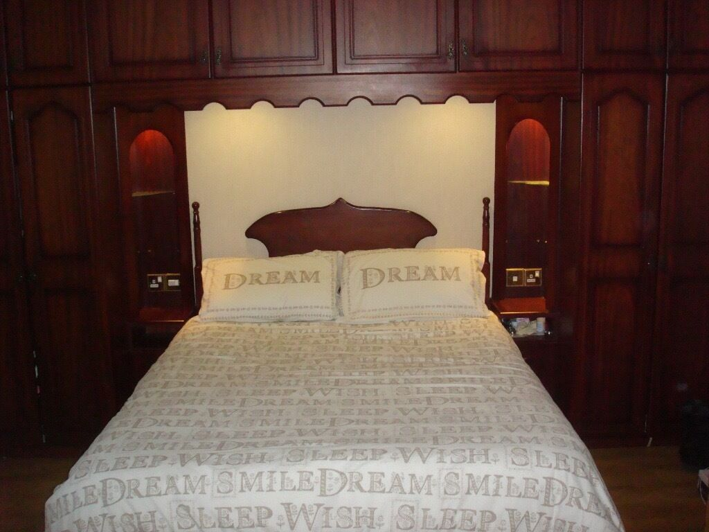 Solid Mahogany Bedroom Furniture Solid Mahogany Fitted Bedroom Units In Excellent Condition In