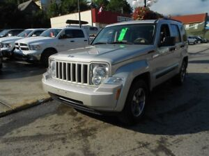 2008 Jeep Liberty NORTH SUNROOF TOW PKG