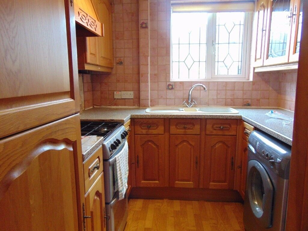 We are pleased to offer this lovely three bedroom House in Dagenham RM10 7JX