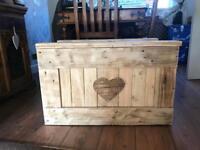 Reclaimed wood Handmade Chest