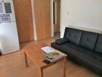 MODERN, CLEAN & SPACIOUS 2 DOUBLE BEDROOM FLAT