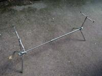 Stainless steel three rod rod pod