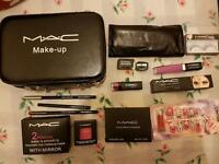 Mac makeup set with case