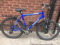 """Men's 22"""" Ammaco hybrid bike bicycle inc front suspension. Free delivery"""