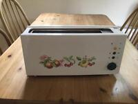 MARKS AND. SPENCER ASHBERRY DESIGN TOASTER