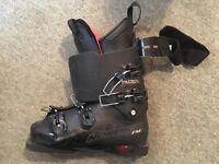 Mens Nordica ski boots . Size 8.5 UK.