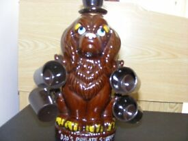 Novelty Ceramic Dog Drinks Decanter & 6 Mini Mugs. IT Says Dads Private Stuff Around The Base..