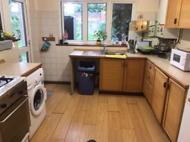 Renting a single room next to Prince Regent DLR Station £85 per week.