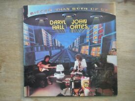 Hall & Oates Bigger Than Both of Us APL1-1467 (Lyric/Picture Insert)