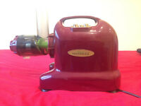 Matstone 6 in 1 Juicer (Good as New)