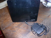 ZYXEL ROUTER £10
