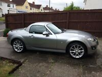 Mazda MX5 2.0 Roadster Sport Tech - 6 Speed (Immaculate Convertible)