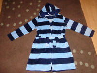 Boys dressing gown 8-9 years