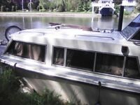 Boat to rent near Hampton court station