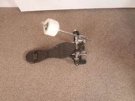 Bass drum pedal with felt or wooden beater, your choice