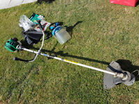 QUALCAST 30cc PETROL STRIMMER / BRUSHCUTTER WITH MANUAL AND TOOLS ETC