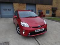Toyota Prius T3 VVT-I 5dr (red) 2013