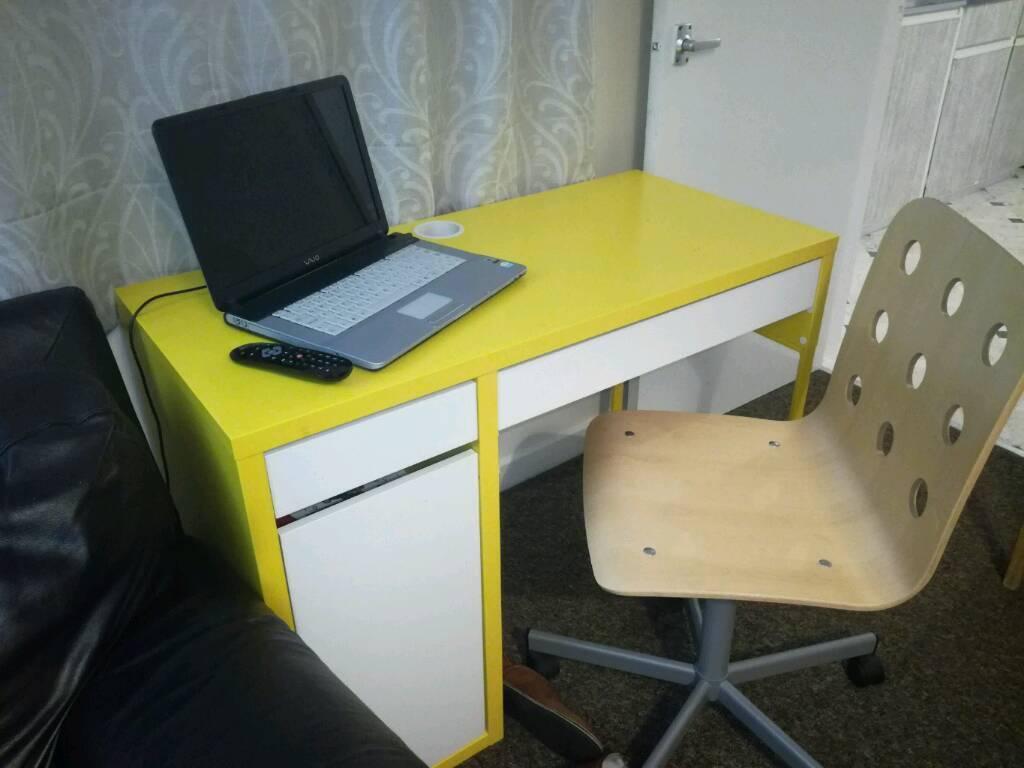 Kids Jhon Lewis Computer Table N Chair