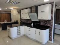 Kitchen ex display Gloss White inc granite worktop. This kitchen is ready to go.