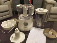 Kenwood Food Processor FP220 series