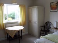 Attractive room to let near Garforth station and Main Street
