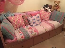 IKEA - Hemnes Day Bed