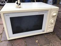 AEG 1200W Microwave