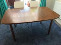 Dining table extendable 6-8 person
