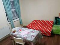 We rent 2 double rooms
