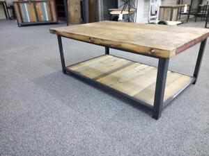 Table de salon Éco - Logik en acier et bois recyclé