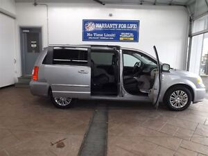 2016 Chrysler Town & Country TOURING-L LEATHER 7 PASS Kitchener / Waterloo Kitchener Area image 2