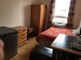 Nice double room on rent