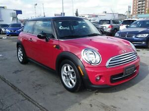 2012 MINI Cooper LEATHER PANO-ROOF 6.SPEED MANUAL