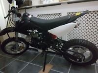 ☆*~Dirt bike like new ideal xmas gift~*☆
