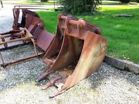 Digger buckets for sale to suit hill quick hitch on 12 tonne machine