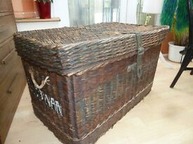 Old wicker and rattan laundry box, ideal display/storage or coffee table.