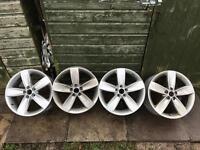 "Set of Genuine VW Volkswagen Polo 17"" Boavista Alloys"