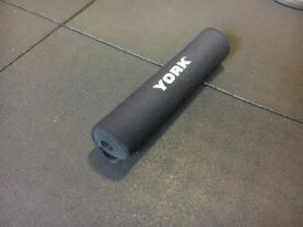Barbell hip thruster pad