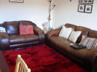 Nice cosy double room in fully furnished flat with WI-FI. Close to w/end and c/centre.