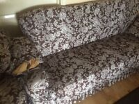 Sofa lightly used excellent condition