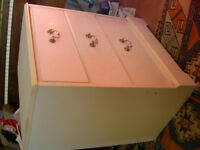 Small white chest of draws