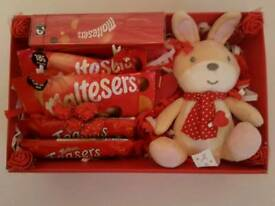 Maltesers gift hamper, valentines day, mothers day, birthday chocolate gift