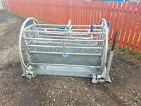 Iae Sheep turnover crate in great condition