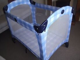 GRACO travel cot in perfect condition only used a few times at grandmas