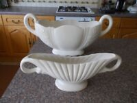 Two vintage Arthur Wood pots very good condition