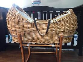 Snug Moses basket