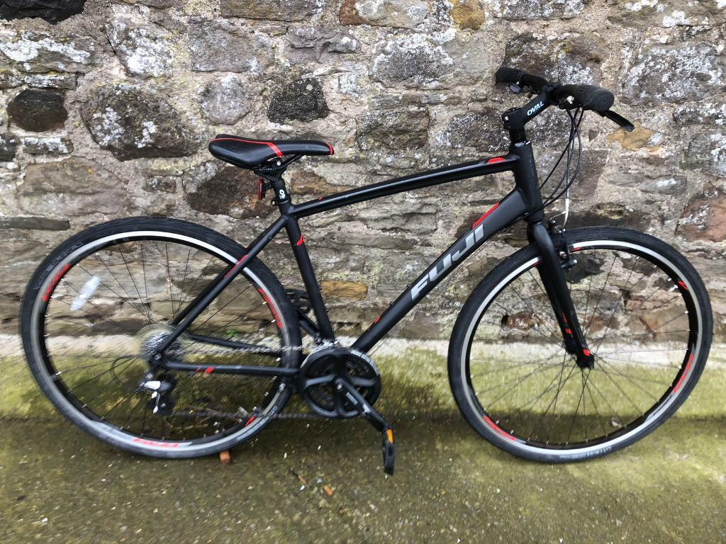 ba39003c6d5 Fuji Absolute 2.1 (TWO.1) city bike near mint condition. Mat black with red  decals.